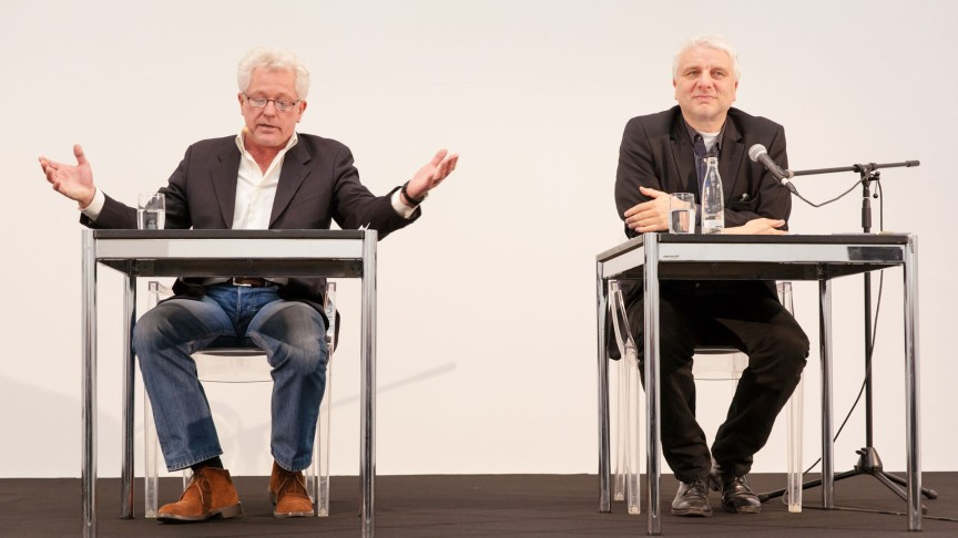 Miroslav Nemec (left) und Udo Wachtveitl (right) read at the Haus der Kunst in Munich. | © Max Geuter