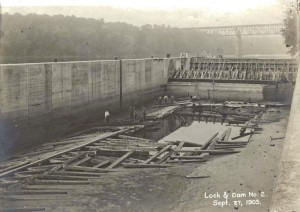 Meeker Lock and Dam under construction Sept. 27, 1905 | Photo by the U.S. Army Corps of Engineers